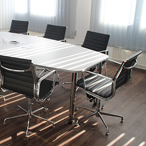 How to increase the functionality of an office space thanks to architectural concrete?